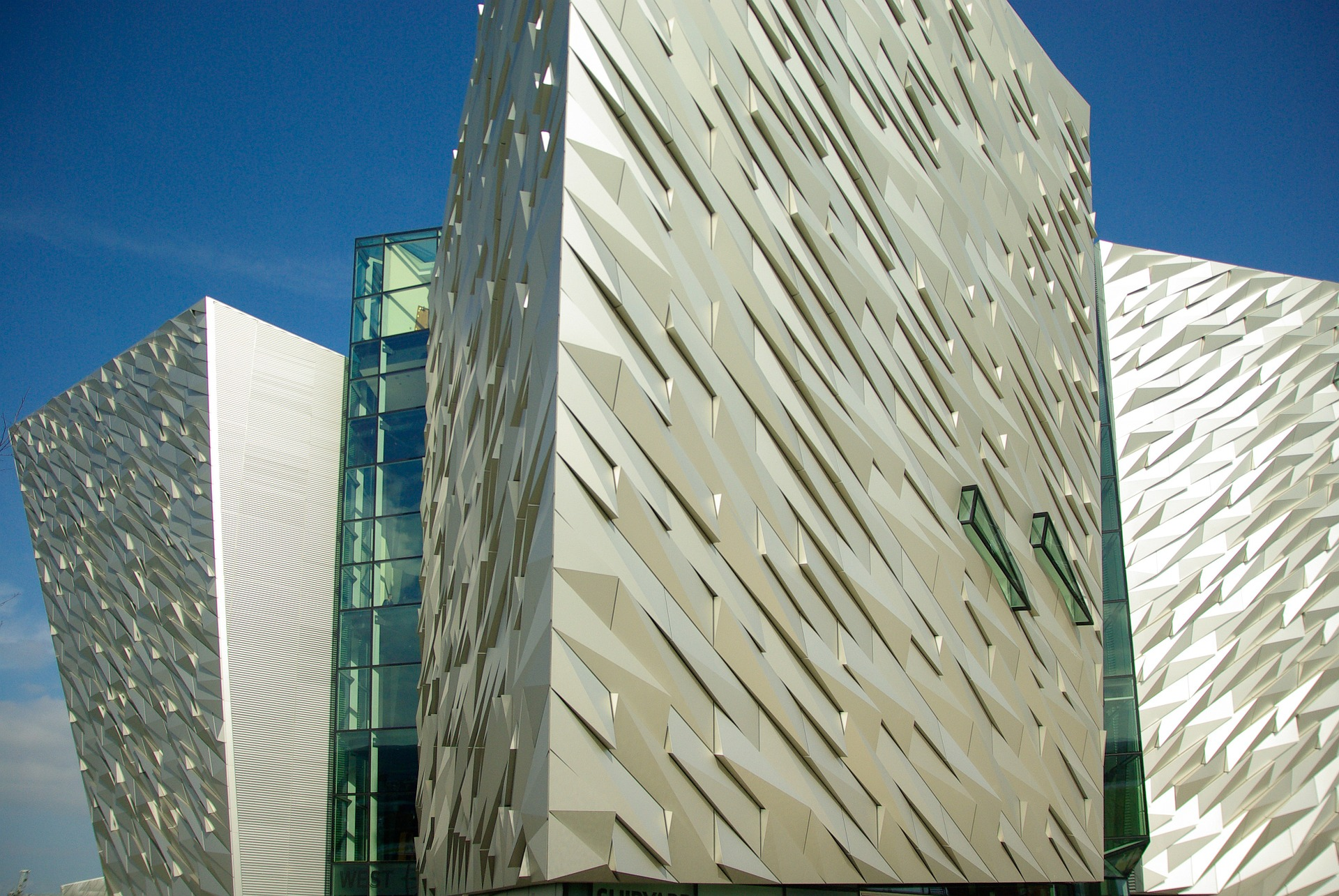Unique Places to Explore in Belfast