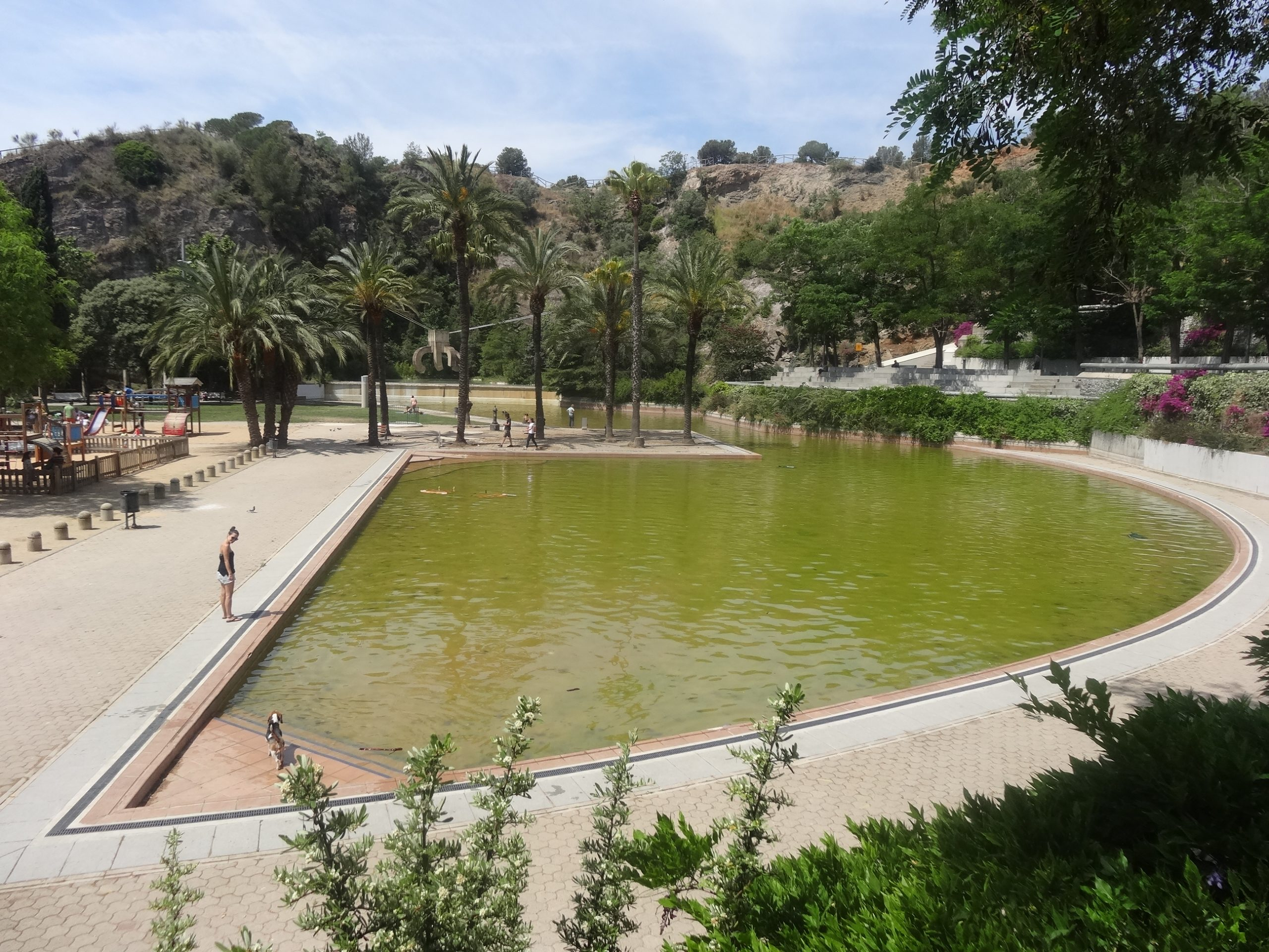 Outdoor swimming pools in Barcelona